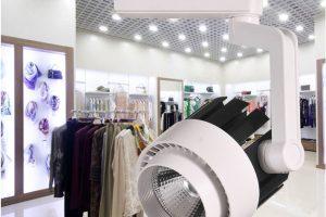 Cách lựa chọn đèn led rọi ray dành cho shop thời trang